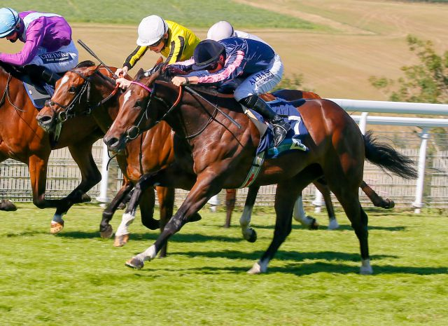 Spirit Of Bermuda winning at Goodwood