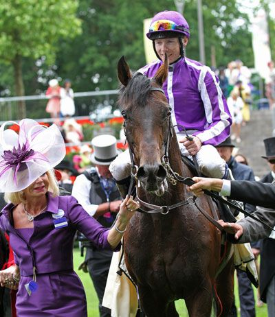FAME AND GLORY returning after winning the G1 Gold Cup