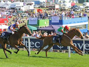 Dancing Rain Winning The Oaks