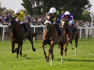Dutch Treat winning at Yarmouth