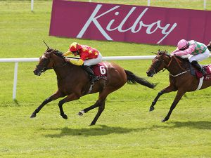 Elizabeth Browning winning the G2 Kilboy Estate Stakes