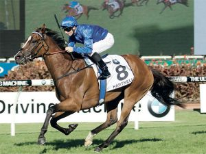 Hartnell Winning the G1 BMW