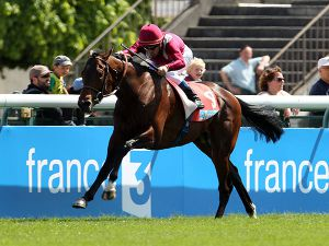 Make Believe Winning the G1 Poule d'Essai des Poulains